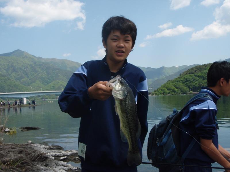 山中湖、河口湖バス釣りガイド。早野剛史